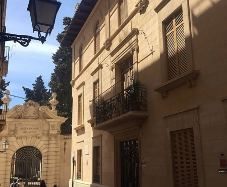Edel sanierter Altstadt-Palast