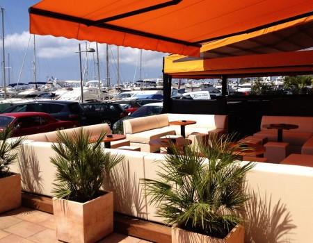Reeves Cafe & Bar Puerto Portals