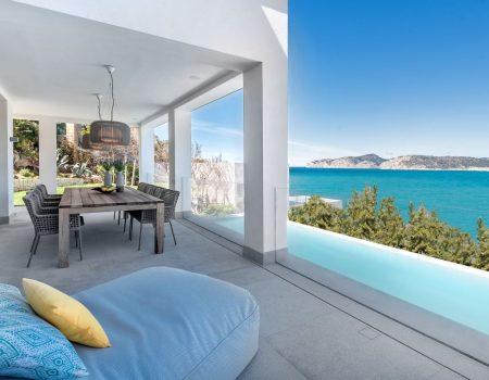 Kernsanierte Villa in Premium Lage