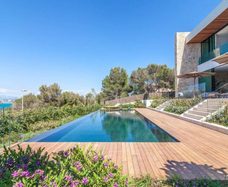 Designer Villa mit Meerblick
