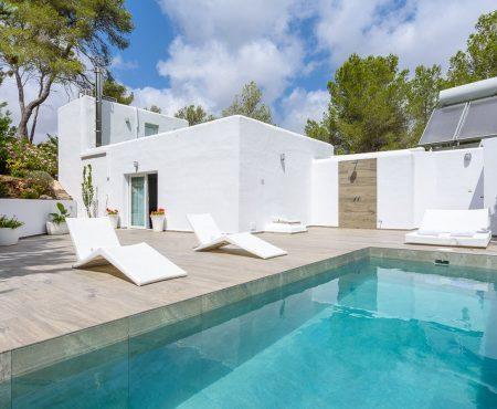 Ibizenkische Villa mit Vermietungslizenz